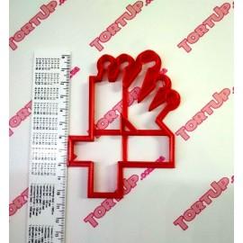 Пластиковая вырубка цифра с короной Четыре 11см