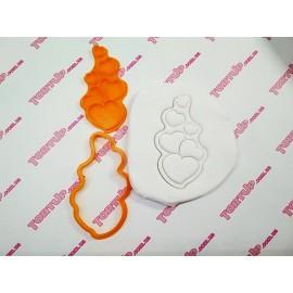 Пластиковая вырубка с оттиском Шесть сердечек, 10см