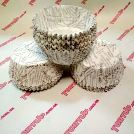 Бумажная форма для кекса 50/30 Сердечки маленькие  50шт