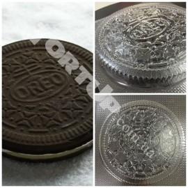 Пластиковая форма для шоколада тортик OREO Высота 1,2см, диаметр 15см