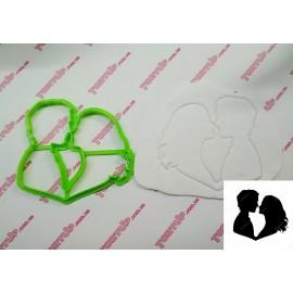 Пластиковая вырубка Пара поцелуй №9, 12см