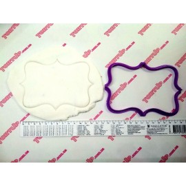 Пластиковая вырубка Рамка прямоугольная №2,  9*12см
