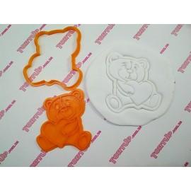 Пластиковая вырубка с оттиском Тедди с сердцем №1, 10см