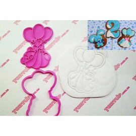 Пластиковая вырубка с оттиском Мишка с шариками  10см
