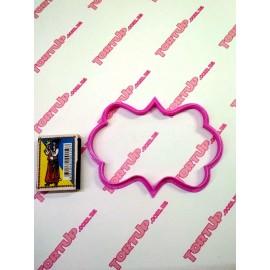 Пластиковая вырубка Рамка прямоугольная узор №4 ширина 12см высота 8 см