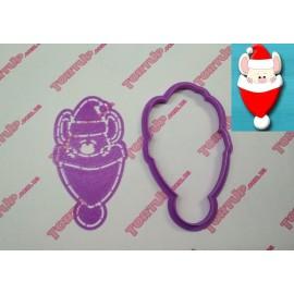 Пластиковая вырубка Мышка в шапке без трафарета, 12см