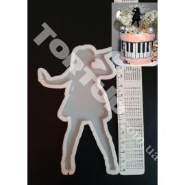 Молд силиконовый для леденцов Девушка с микрофоном 13см